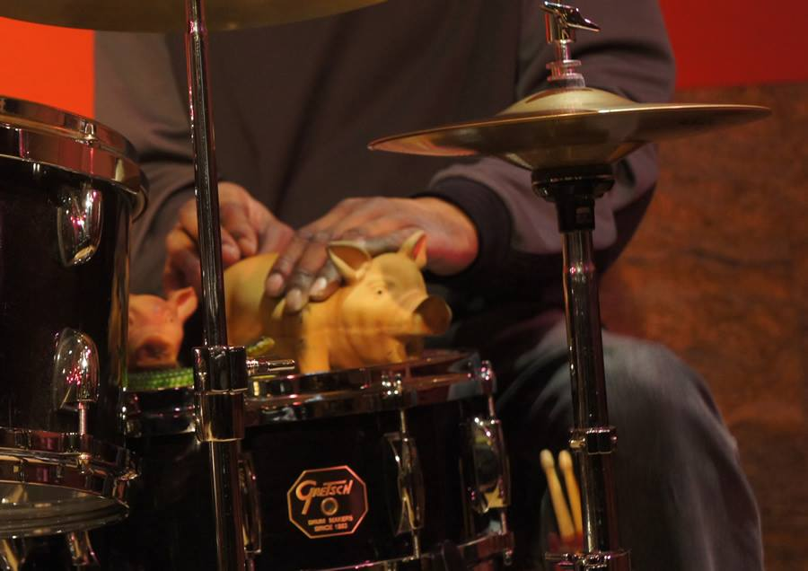 Tommy Campbell'sTEA~TREE^O@the Kitano Jazz Room 1:2314 (#4)Pigs on a snare drum
